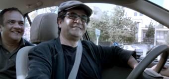 Filmanmeldelse: Taxi – Bandlyst instruktør på forrygende samfundskritisk køretur