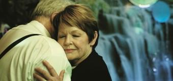 Filmanmeldelse: Nøgle Hus Spejl – Kærlighed og lyst på plejehjemmet