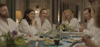 Filmanmeldelse – Swinger – Mikkel Munch-Fals svinger pisken over parforholdet