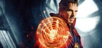 Filmanmeldelse: Dr. Strange – Neurokirurg får magiske kræfter