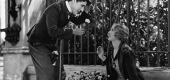Filmanmeldelse: Byens Lys – Chaplins poetiske mesterværk