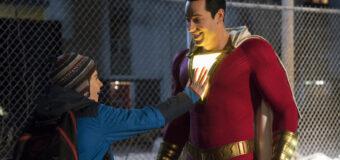 Filmanmeldelse: Shazam: Forfriskende superheltefilm i teenage-øjenhøjde