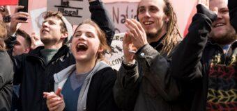 FILM: Und Morgen Die Ganze Welt – Vold versus ikke-vold i tysk drama